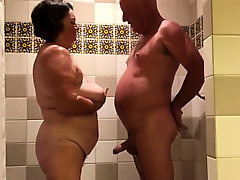 Bbw Amateur, Bbw Mom, Mature, Perfect Body Amateur, Bathtub Sex, Husband Watches Wife Gangbang, Couple Fuck While Watching Porn