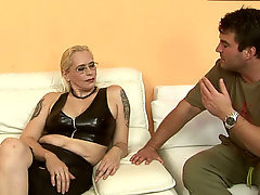 blondes, Homemade Car Sex, couch, Chubby Wife, Chubby Big Mom, Costume, fucked, Glasses, Horny, Latex, Mature, Mature Perfect Body, Real, Short Hair Brunette Milf, Real Escort, Very Tall Girls