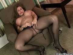 Cougar Blowjob, 720p, Hot MILF, Hot Pants, mature Women, milfs, Nylon, Pantyhose, Very Tight Pussy, gym, Yoga Pants, Aged Slut, Hot Mom, Amateur Milf Perfect Body