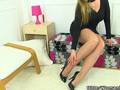 British Bitch, British Mature Woman, Cougar Milf, Hot MILF, Hot Pants, women, milfs, Nylon, Pantyhose, 18 Tight Pussy, UK, yoga Pants, Yoga Pants, Old Babes, British Amateur Matures, English, Fucking Hot Step Mom, Perfect Body